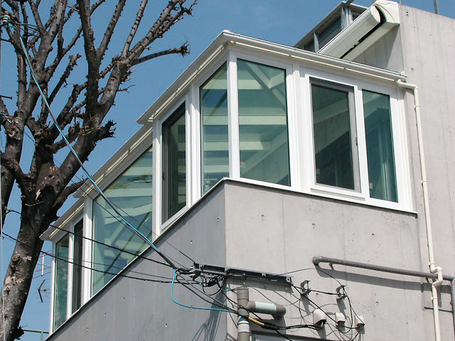 2階のベランダを有効活用した自由設計プランです。