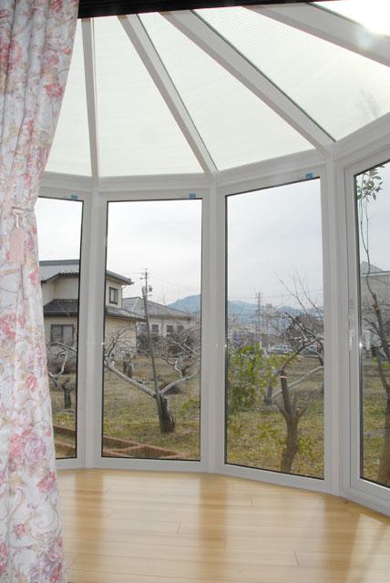 和洋折衷の既存住宅に悠Uサンルーム(内観)