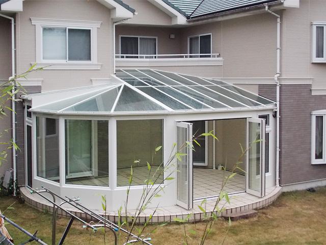 家の形状を利用した大きな悠Uサンルーム(外観3)【静岡県富士宮市】